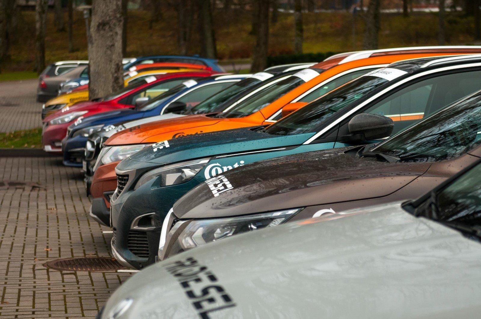 В Литве будующим автовладельцам подарят по 1000 евро