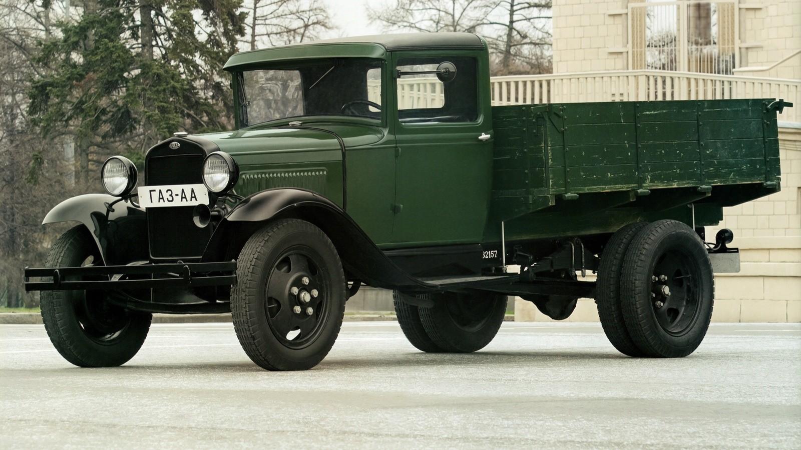 Лучшие военные исторические автомобили