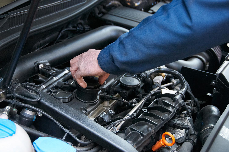 Возникновение стука в двигателе – причины и устранение.